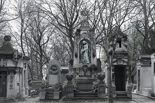 Père Lachaise Cemetery in Paris